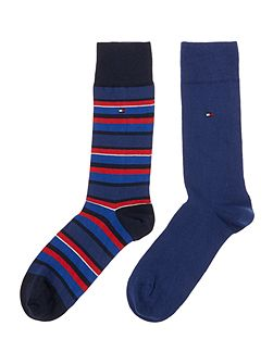 2 pack of variation stripe and plain socks