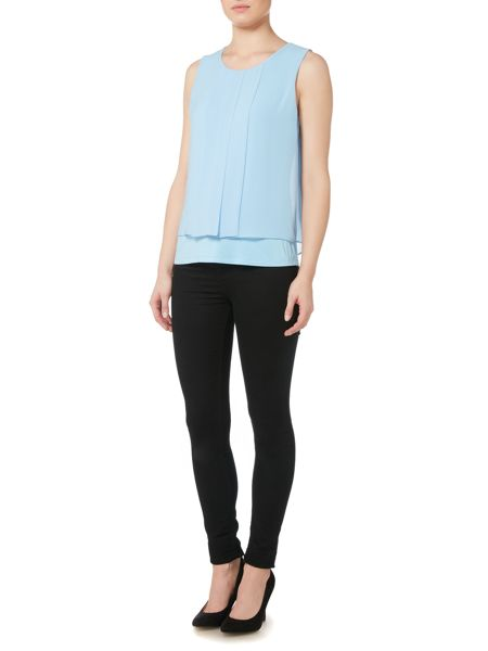 Episode Sleeveless pleated top