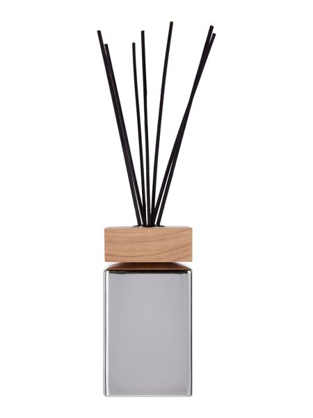 Luxury Hotel Collection Oud Diffuser