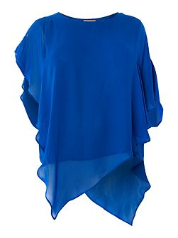Plus size blouse with oversized sleeves