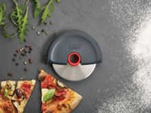Joseph Joseph Disc Easy-clean Pizza Wheel