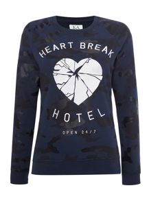 Zoe Karssen Raglan sleeve heartbreak hotel sweat