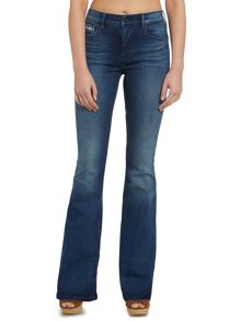 Stretch flare jean in sassoon blue