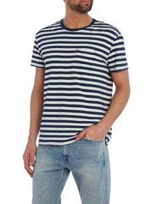 Levi's Regular fit 1 pocket stripe t shirt