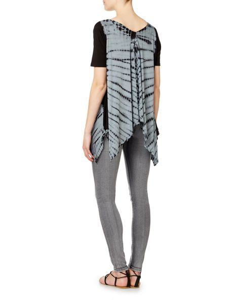 Label Lab Vee front black tie dye jersey top