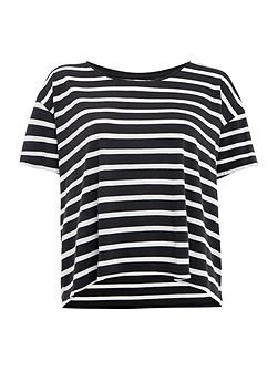 Levi's The line 8 Box stripe tee