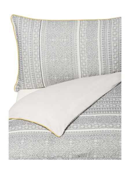 Linea Global artisan jacquard bed linen set