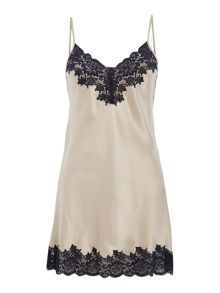 Ginia Ginia chemise with lace