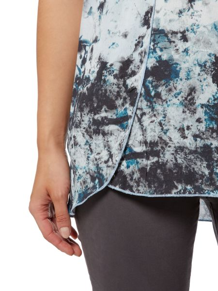 Gray & Willow Kivi print and jersey top