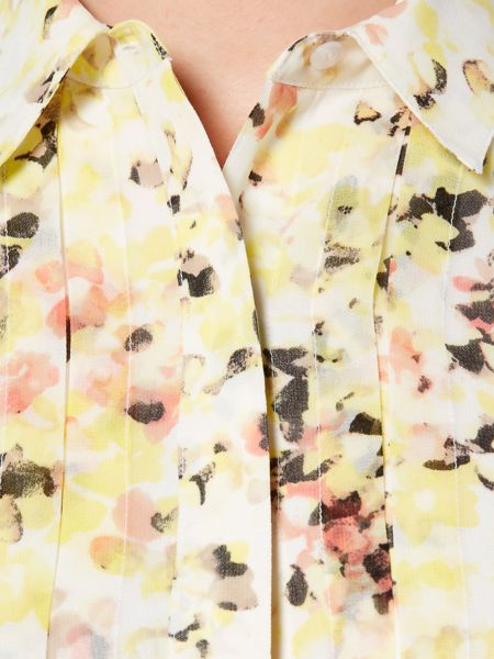Episode Sleevless floral print top