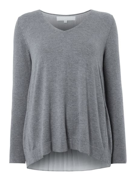Gray & Willow Graduated Pleat Back V Neck Jumper