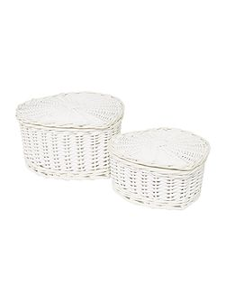 Heart shaped wicker set of 2 baskets