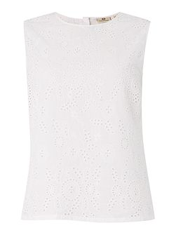 The teagan shell broderie top