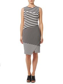 Episode Sleeveless stripe shift dress