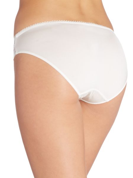 Marie Meili Rosemary curves brief
