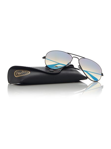 Ray-Ban Black aviator RB3025 sunglasses