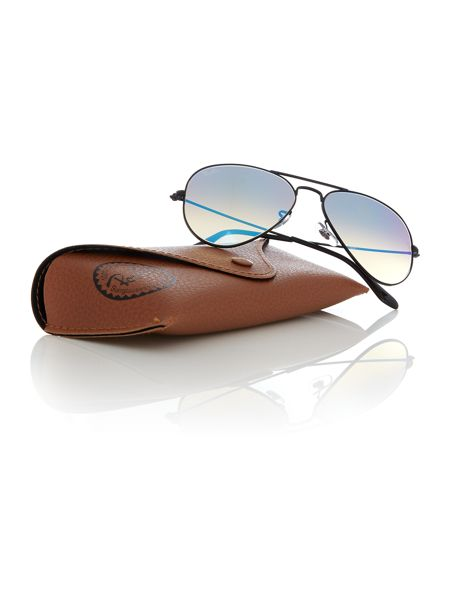 Ray-Ban Black  aviator  sunglasses RB3025