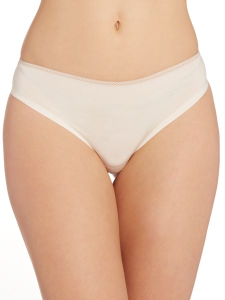 Chantelle Invisible tanga brief
