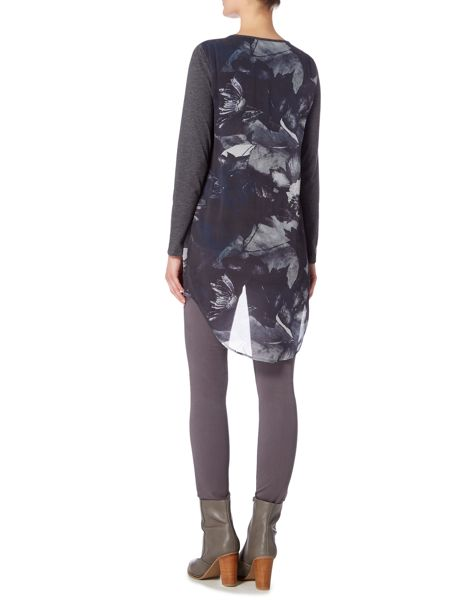 Gray & Willow Fjell print asymmetric woven layer long top