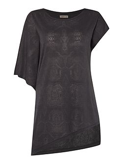 Snake asymmetric burn out tee