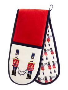 Linea Nutcracker double oven glove
