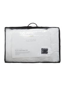 Luxury Hotel Collection Touch of Silk pillow pair