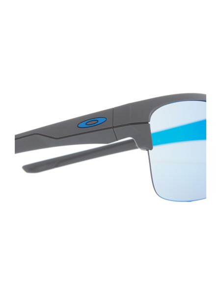 Oakley Grey rectangle OO9316 sunglasses