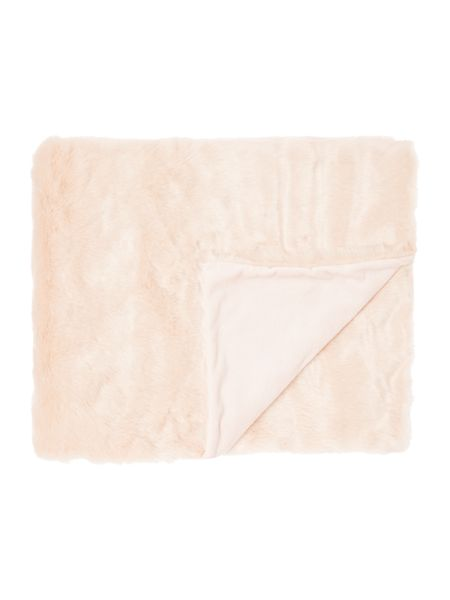 Linea Luxe faux fur throw, blush