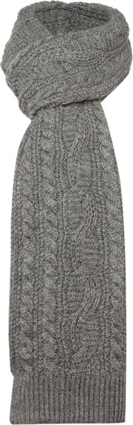 Howick Cable Knit Scarf