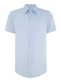Tailored fit short sleeve oxford shirt