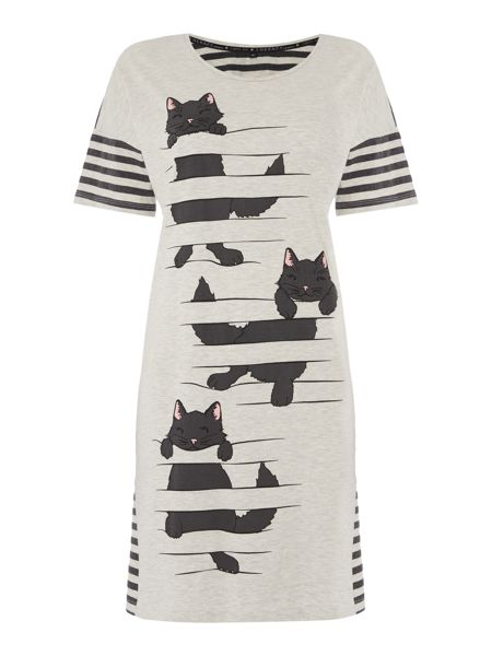 Therapy Climbing Cat Sleep Tee