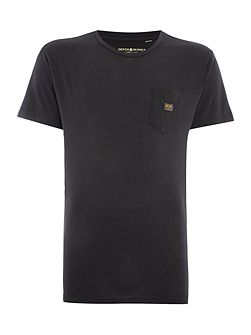 Regular fit crew neck pocket logo t shirt