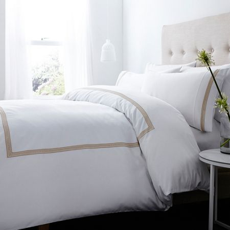 Luxury Hotel Collection 400 thread count frieze stitch pillowcase pair
