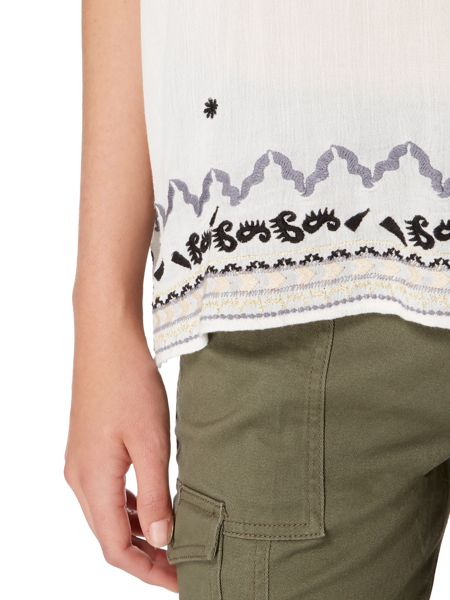 Maison De Nimes Silver Lake Embroidered Top
