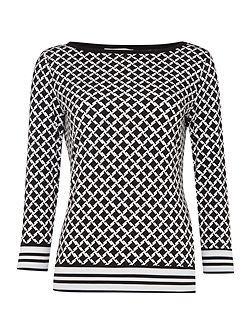 Long Sleeved Border Top