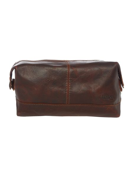 Lyle and Scott Leather Wash Bag