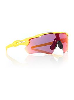 Yellow rectangle OO9208 sunglasses
