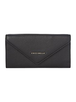 Black envelope flap over purse