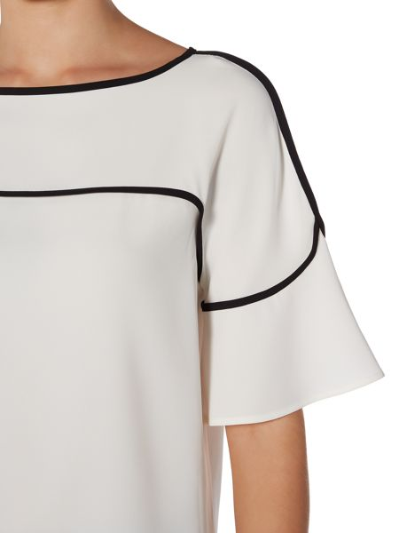 Episode Top with piping and frill sleeves