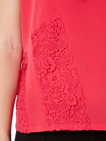 Episode Sleeveless lace detail blouse