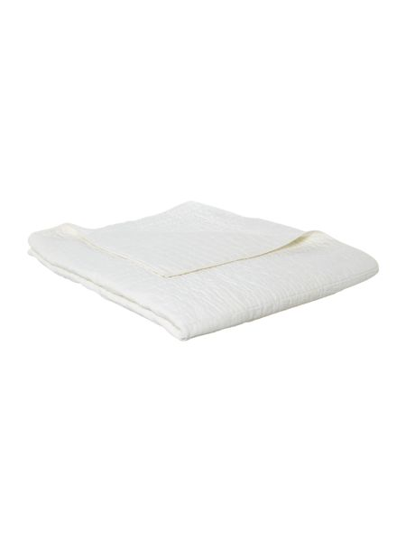 Linea Quilted cotton bedspread, ivory