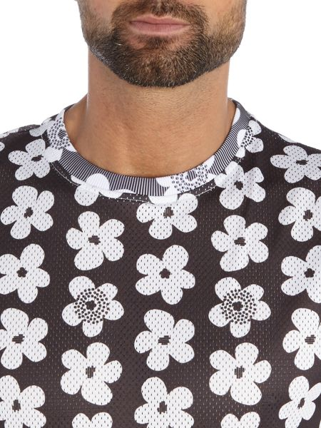 Soulland Regular fit all over flower print t shirt