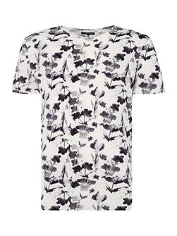 Floral Ikat Graphic-Print T-Shirt