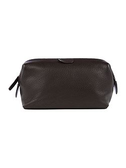 Pebble leather washbag