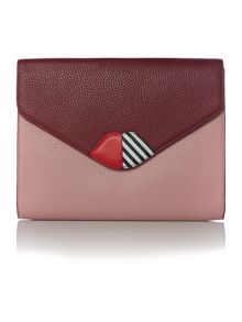 Lulu Guinness med 50:50 lip grainy leather leila