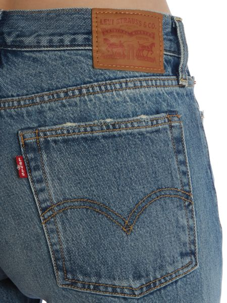 Levi's Wedgie icon fit in joshua tree