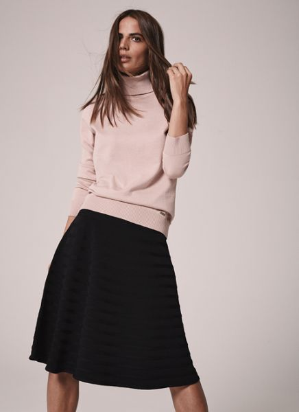 Episode Midi A-line knitted skirt