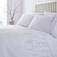 Linea Esme embroidery duvet cover set