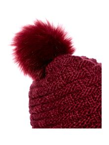 Linea Cable knit hat