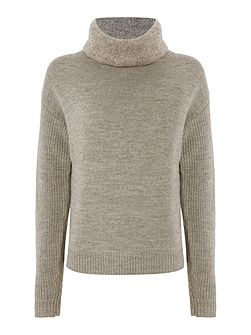 THDW Round Neck Sweater